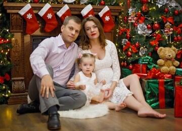 новогодняя фотосессия у камина семейная