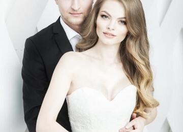 Свадебная фотосессия на текстурном фоне